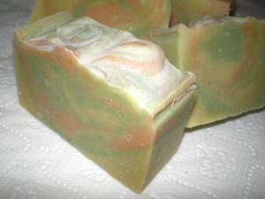 Kecsketejes-teafás szappan zsíros bőrre